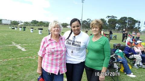 Illana from Bay FM with residents